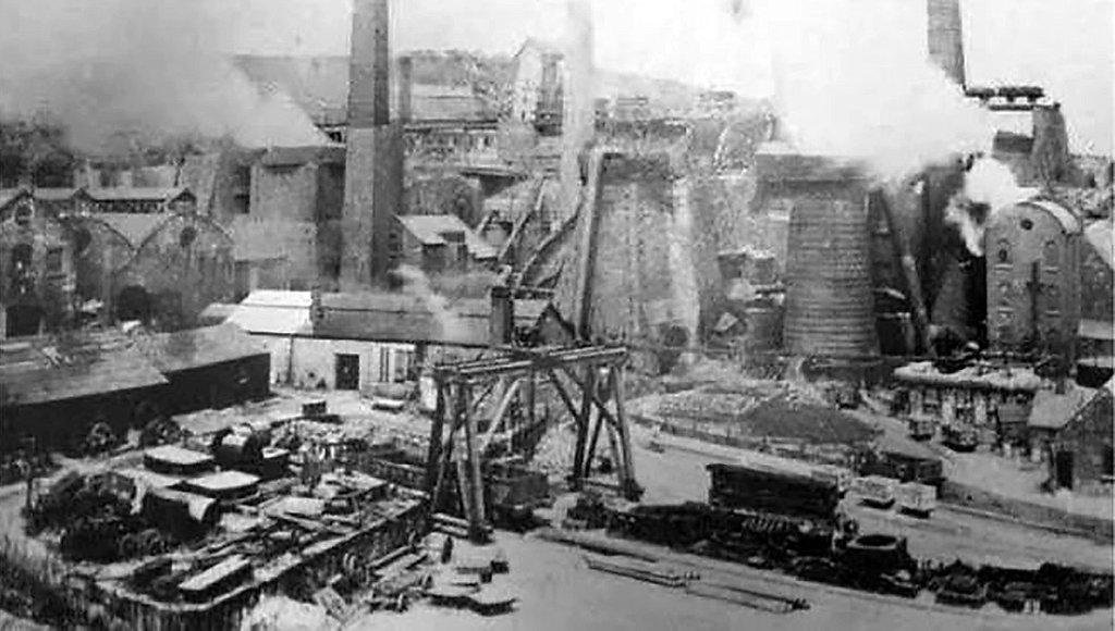 98378770-brymboiron-steelworks1890s.jpg