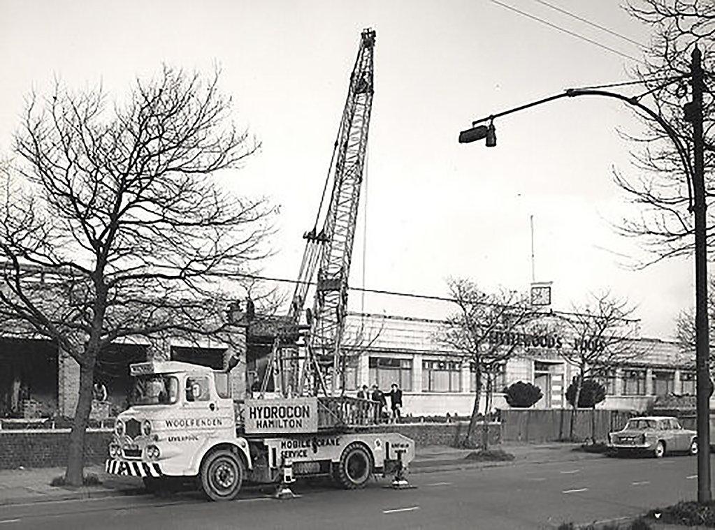 A-1960s-Hydrocon-Hamilton-Cranetruck-Diesel.jpg