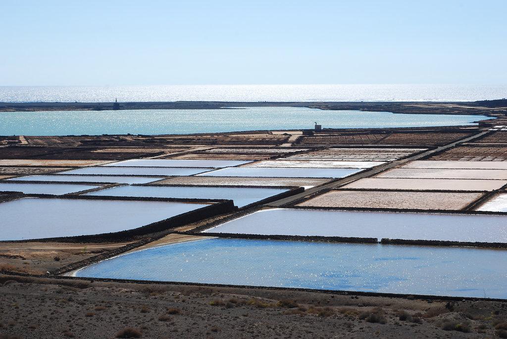 Janubio-salt-works.jpg